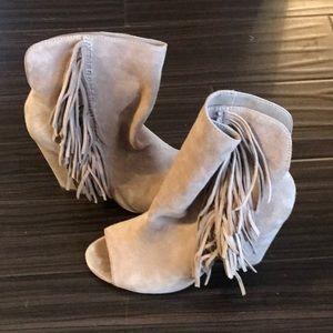 Suede Dolce Vita Fringe Boots 7.5 worn 1x